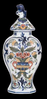 52 Traditioneel / Traditional Bekervaas / Vase