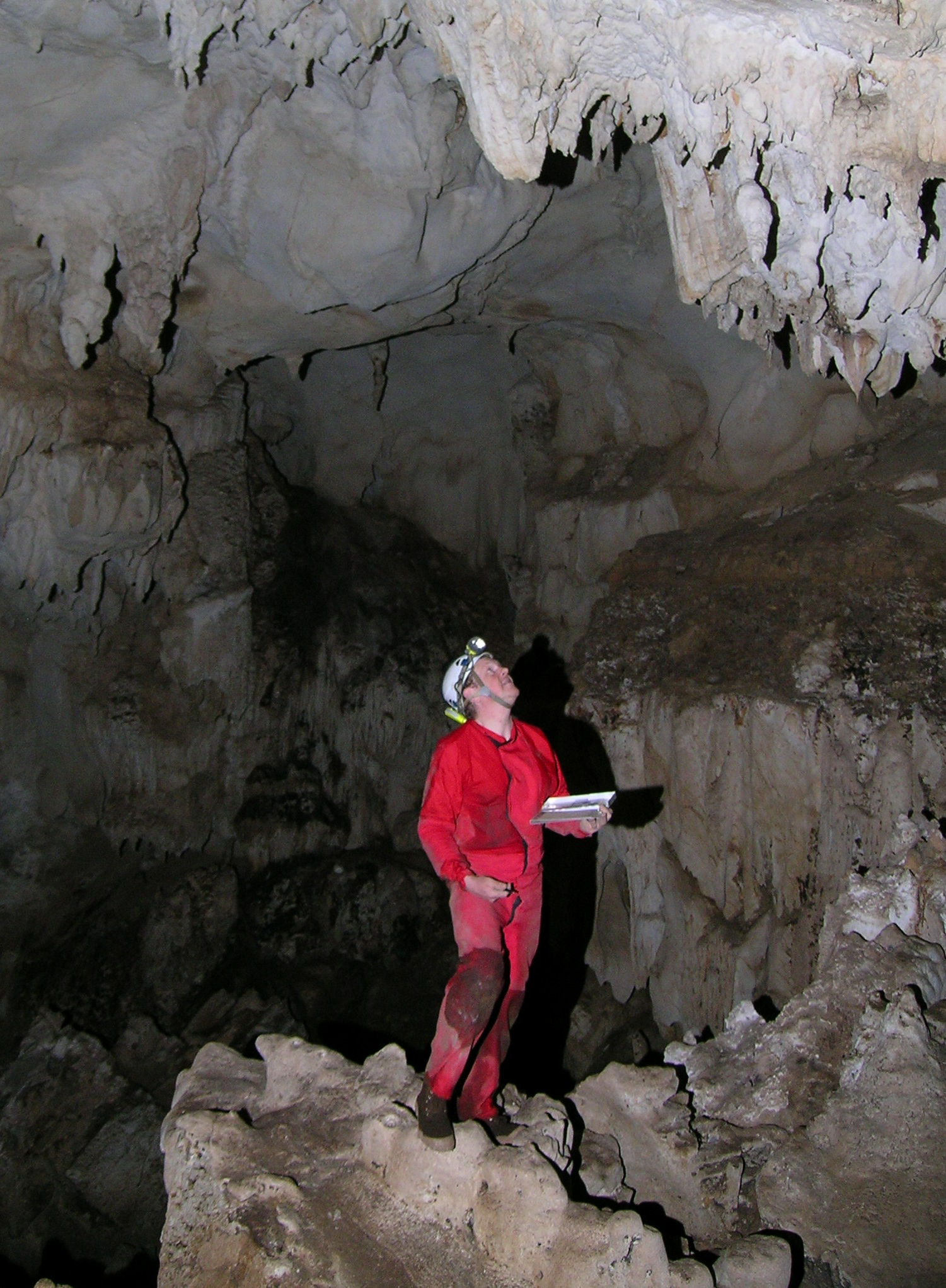 Northern Lao - European Cave Project 2005 Editor: David Eskes, Photographer: Wolfgang Zillig.
