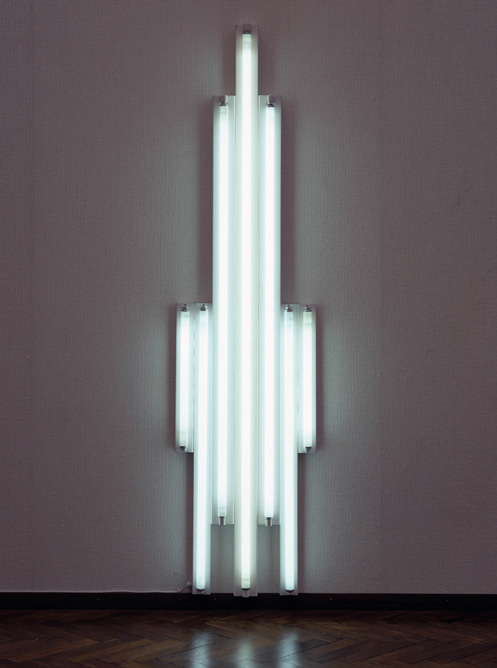 Dan Flavins untitled (to Piet Mondrian through his preferred colors red, yellow, and blue) en untitled (to Piet Mondrian who lacked green) 2 Bart Rutten De Amerikaanse kunstenaar Dan Flavin daagde in