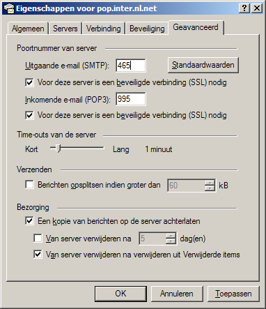 Microsoft Outlook Express Ga in de menubalk naar Extra en vervolgens Accounts.