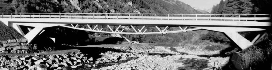 10.1 Villa Bedretto Bridge, Switzerland Omschrijving: De Bedretto brug in Zwitserland is voor autoverkeer over de Ticino rivier in