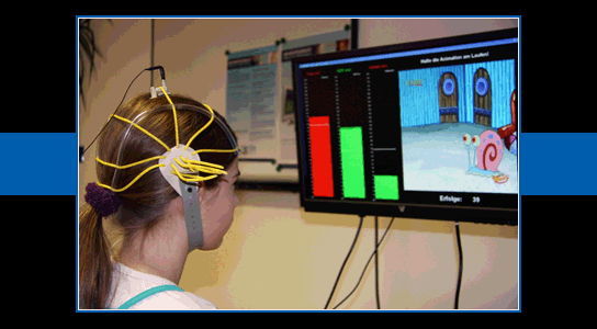 Neurofeedback is een speciale vorm van biofeedback ( brain training ) Training van hersenritmen Operante conditionering: vertoon α goed zo!
