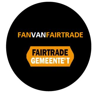 T-shirt FairTradeGemeente T-shirt, wit, 160 gram, 100% organisch gekamde katoen, biosfair en Fairtrade label + opdruk logo op de borst 11,85 9,95 50 100 Winkelwagenjetons Winkelwagenjeton met houder