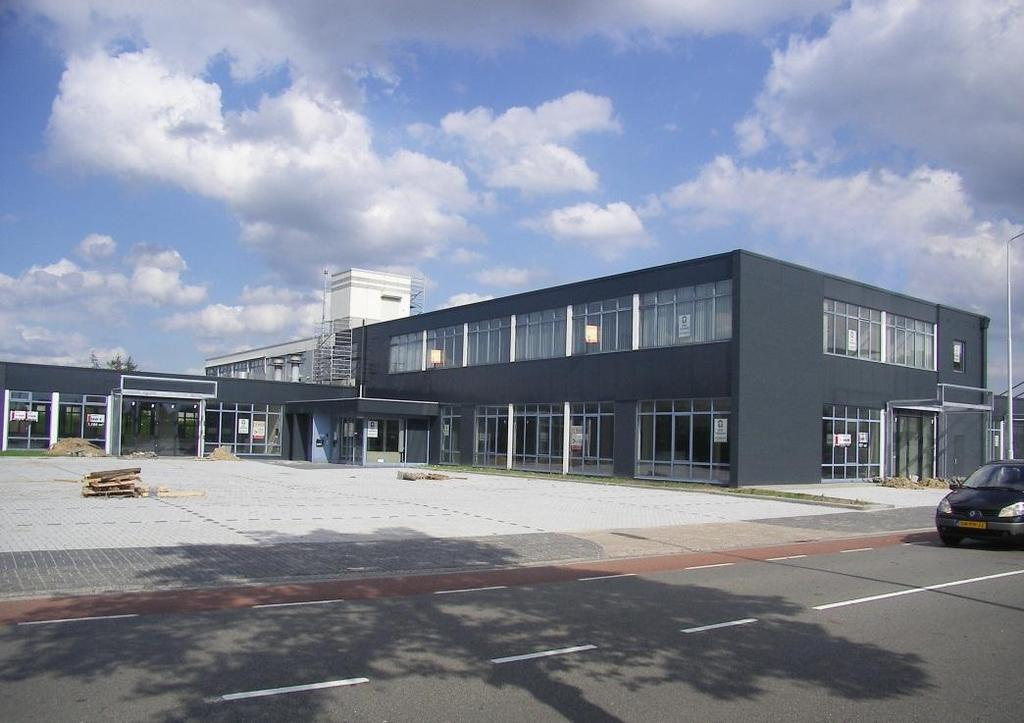 OBJECT Verdieping (unit) Omschrijving Oppervlakte 1 e verdieping Unit 1 kantoorruimte ca. 600 m² 1 e verdieping Unit 2 kantoorruimte ca. 395 m² 1 e verdieping Unit 3 kantoorruimte ca.